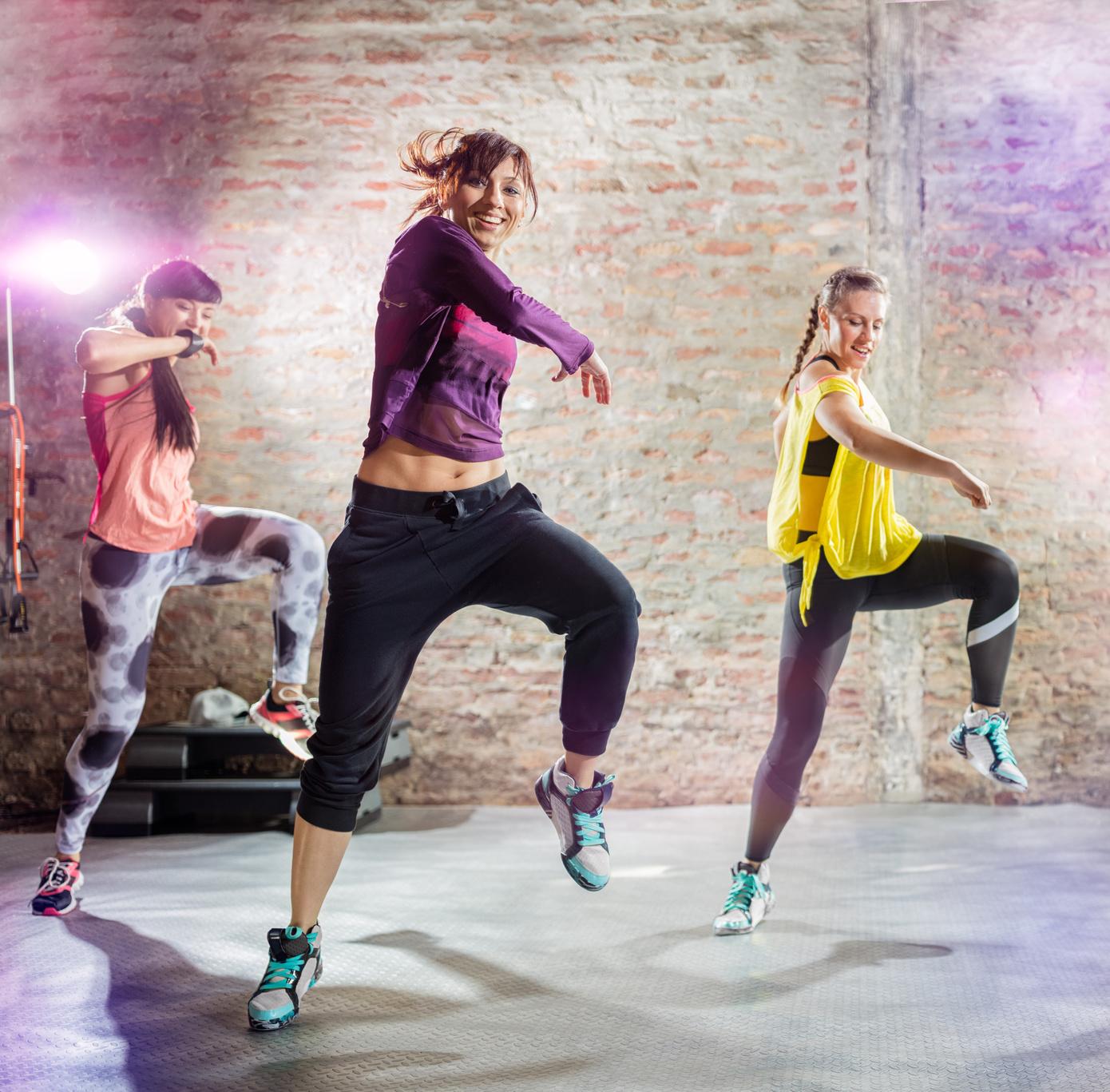 Diese 3 Dance-Workouts machen dich fit für den Sommer