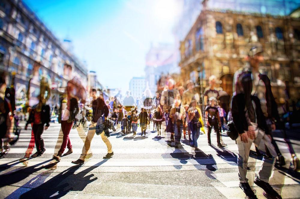 Weit weg von zuhause: Das hilft gegen das Gefühl alleine zu sein