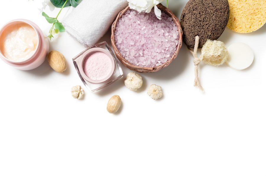 Reine Haut bekommen: Pflege gegen Pickel