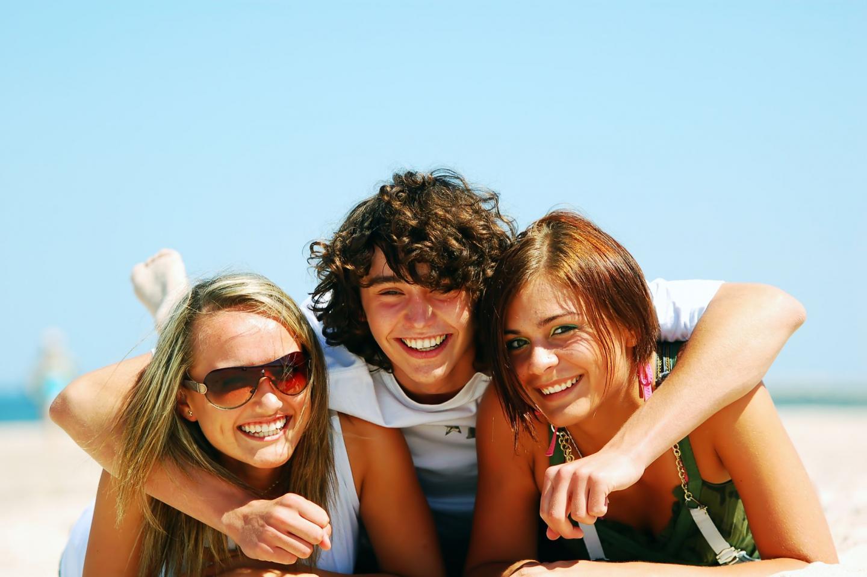 Urlaub ohne Eltern: So vermeidest du Konflikte mit deinen Freunden