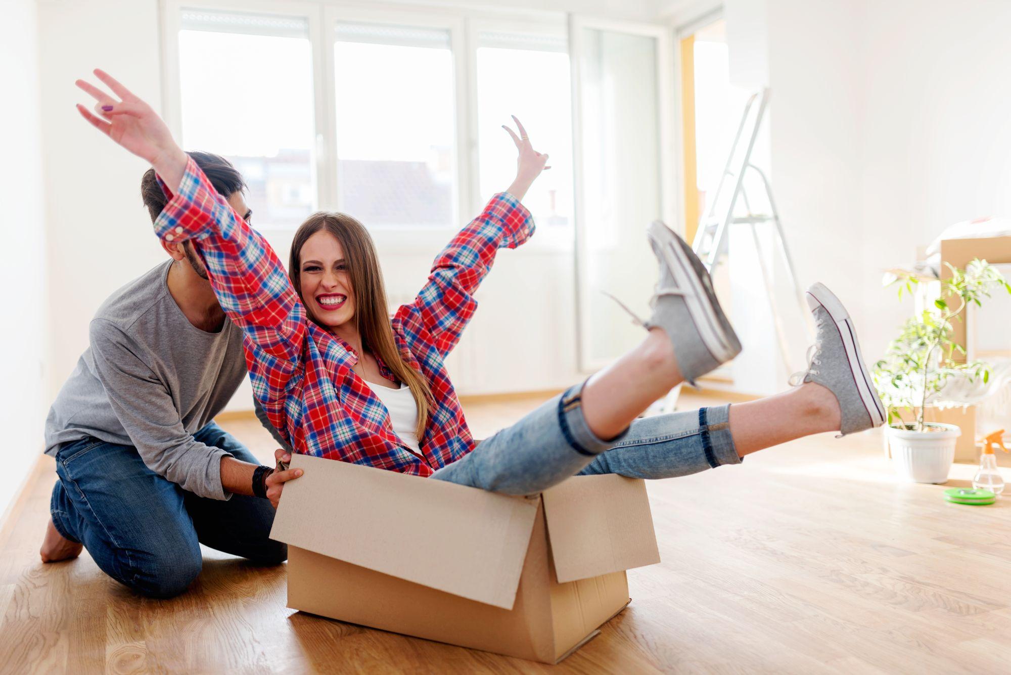 Ausziehen: In eine eigene Wohnung oder eine WG